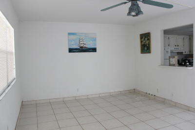 Delray Beach Condo For Sale: 162 Saxony D #D