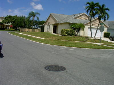 Boynton Beach Single Family Home For Sale: 1 Misty Laurel Circle