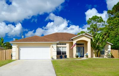 Port Saint Lucie Single Family Home For Sale: 461 NW Riverside Drive