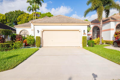 Boynton Beach Single Family Home For Sale: 10201 Lexington Lakes Boulevard