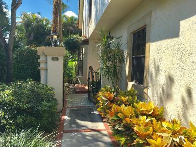 Boca Raton Townhouse For Sale: 7870 La Mirada Drive