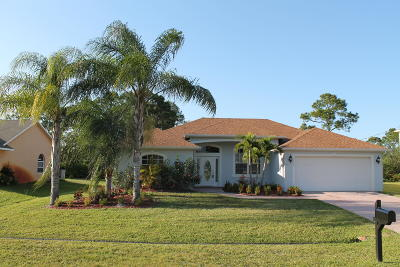 Port Saint Lucie Single Family Home For Sale: 2133 SW Alloway Avenue