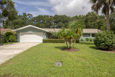 Vero Beach Single Family Home For Sale: 4220 12th Place