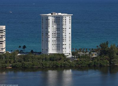 Singer Island Condo For Sale: 5200 Ocean Drive #1606
