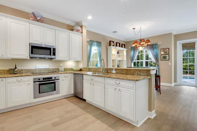 Hobe Sound Single Family Home For Sale: 8064 SE Asaro Street