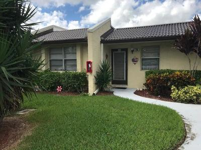 West Palm Beach Single Family Home For Sale: 205 Lake Meryl Drive