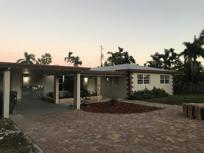 Oakland Park Single Family Home For Sale: 4330 NE 17 Ter Terrace