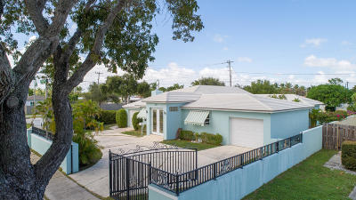 West Palm Beach Single Family Home For Sale: 261 Forest Hill Boulevard