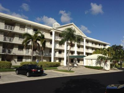 Boca Raton Condo Contingent: 6025 Balboa Circle #102