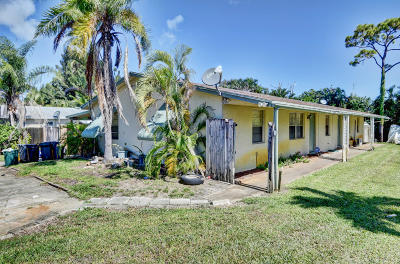 Lake Worth Multi Family Home For Sale: 4466 Steven Road