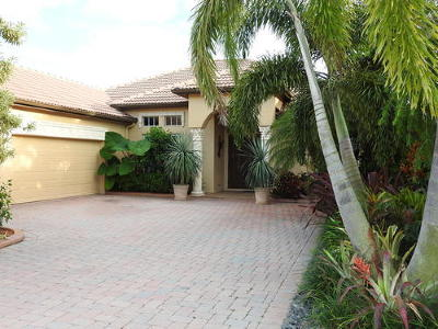 Port Saint Lucie Single Family Home For Sale: 933 SW Grand Reserve Boulevard