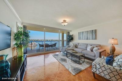 North Palm Beach Condo For Sale: 134 Lakeshore Drive #616