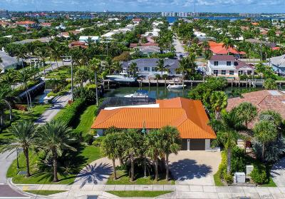 Singer Island Single Family Home For Sale: 3901 Ocean Drive