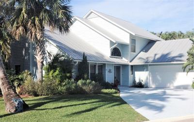 Hobe Sound Single Family Home Contingent: 10521 SE Jupiter Narrows Drive