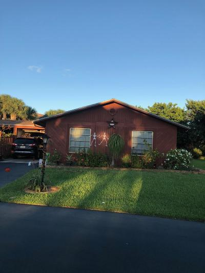 Boynton Beach Single Family Home For Sale: 2642 SE 28th Circle #76b