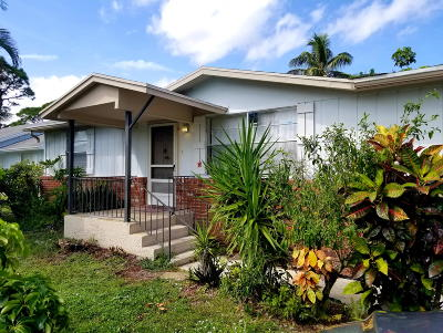 Hobe Sound Single Family Home For Sale: 6521 SE Clairmont Place
