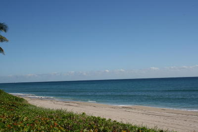 Highland Beach Condo For Sale: 3215 S Ocean Boulevard #707