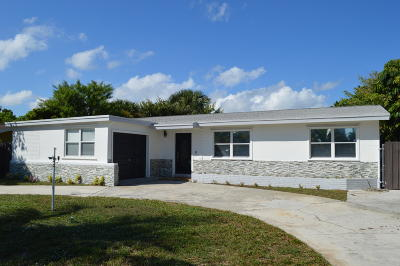 Lantana Single Family Home For Sale: 819 W Ocean Avenue