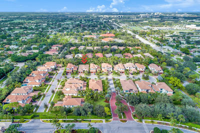 Palm Beach Gardens Single Family Home For Sale: 185 Gardenia Isle Drive