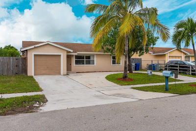 Pompano Beach Single Family Home Contingent: 385 NW 18th Court