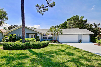 West Palm Beach Single Family Home For Sale: 6451 Woodthrush Court