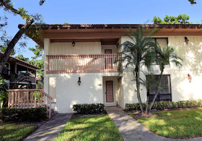 Palm Beach Gardens Condo For Sale: 402 Brackenwood Lane S #402