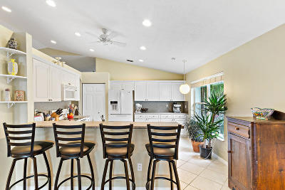 Boynton Beach Single Family Home For Sale: 7644 San Carlos Street