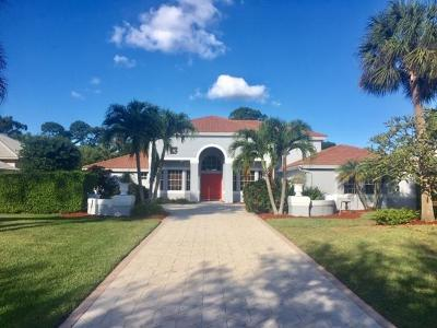 West Palm Beach Single Family Home For Sale: 8203 Lakeview Drive