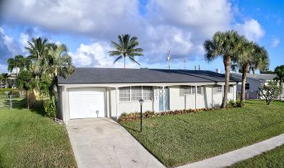 Jupiter Single Family Home For Sale: 301 Circle East