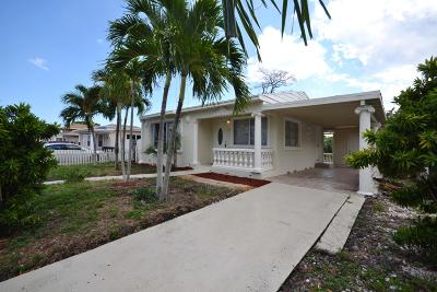Lake Worth Single Family Home For Sale: 517 Worthmore Drive