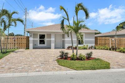 West Palm Beach Single Family Home For Sale: 2663 Saginaw Avenue