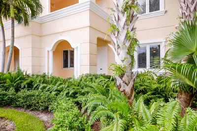 Fort Pierce Condo For Sale: 31 Harbour Isle Drive W #106