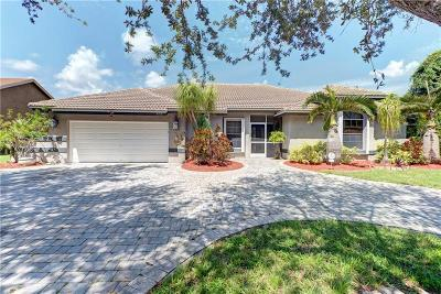 Coconut Creek Single Family Home For Sale: 5153 NW 49th Avenue