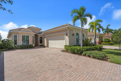 West Palm Beach Single Family Home For Sale: 6843 Sparrow Hawk Drive
