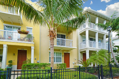 Delray Beach Townhouse Contingent: 106 SW 1st Avenue