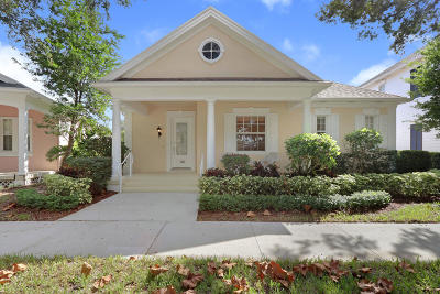 Jupiter Single Family Home Contingent: 114 Sycamore Drive
