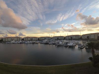 Fort Pierce Condo For Sale: 10 Harbour Isle Drive E #306