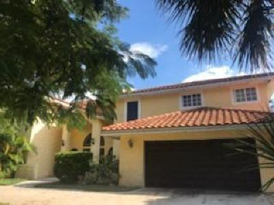 Hobe Sound Single Family Home For Sale: 8500 SE Sabal Street