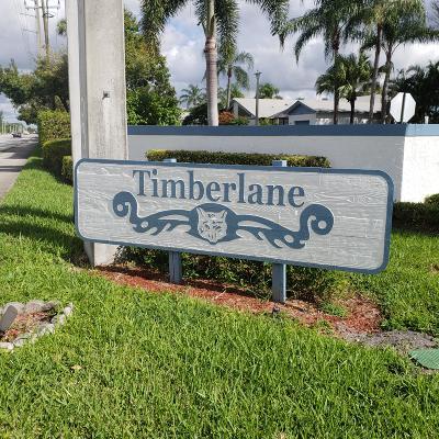 Greenacres Townhouse For Sale: 903 Timberlane Circle #9-C