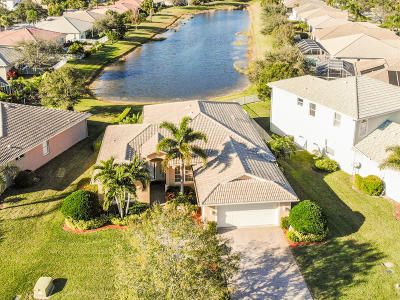 Port Saint Lucie Single Family Home For Sale: 569 NW Waverly Circle