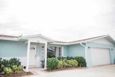 Tequesta Single Family Home For Sale: 95 Golfview Drive