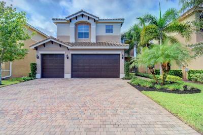 Boynton Beach Single Family Home For Sale: 8152 Santalo Cove Court