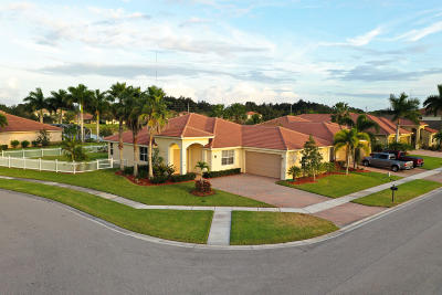 Fort Pierce Single Family Home For Sale: 820 Bent Creek Drive