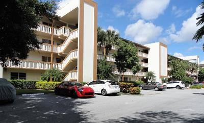 Coconut Creek Condo For Sale: 4302 Martinique Circle #D4