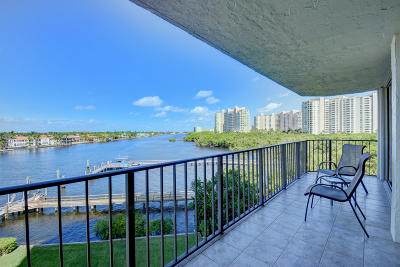 Regency Highland, Regency Highland Club, Regency Highland Club Cond, Regency Highland Club Condo Condo For Sale: 3912 S Ocean Boulevard #514