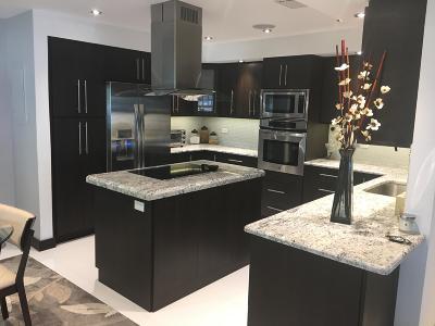 Boynton Beach Single Family Home For Sale: 10096 S 44th Terrace #344