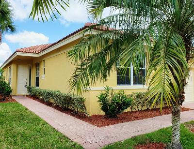St Lucie County Single Family Home For Sale: 664 NW Stanford Lane