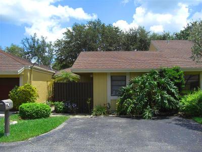 Boca Raton Single Family Home For Sale: 22477 Vistawood Way