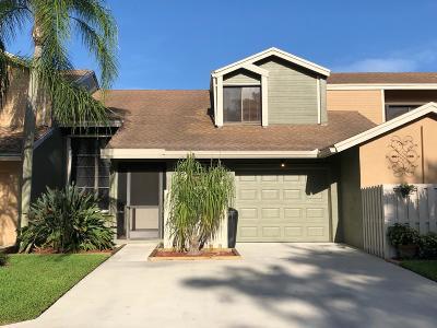 Boca Raton FL Townhouse For Sale: $285,000