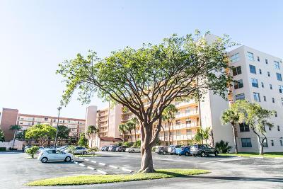 Delray Beach Condo For Sale: 14527 Bonaire Boulevard #606